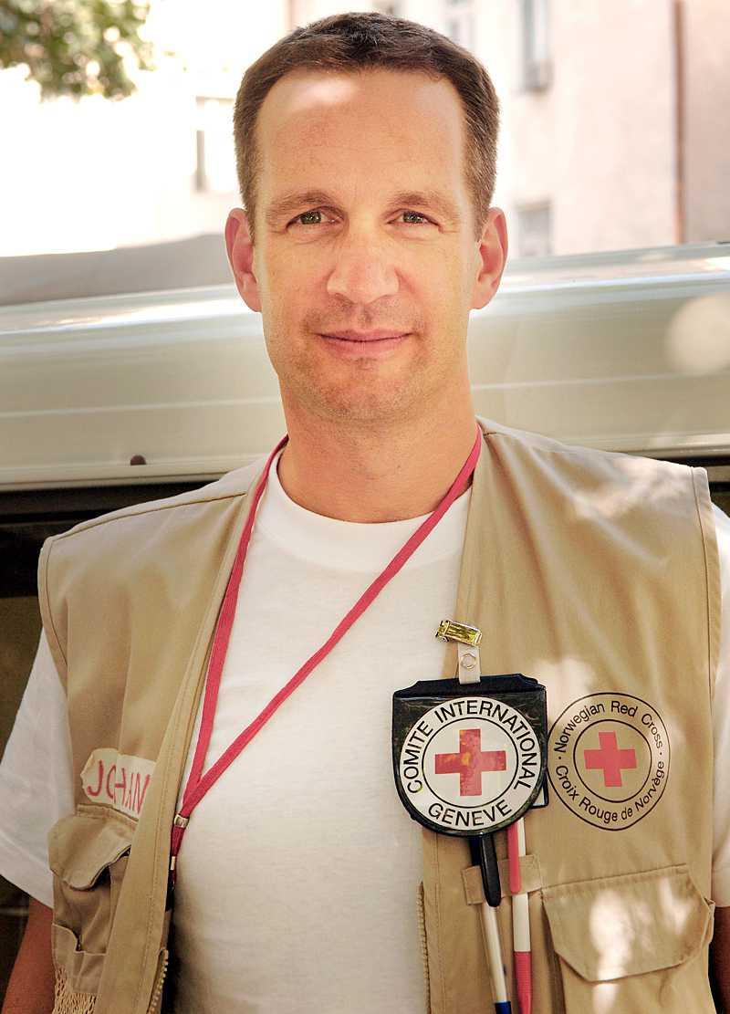 Kirurgen Johan Storm Munch jobbar för Röda korset i Libyen.