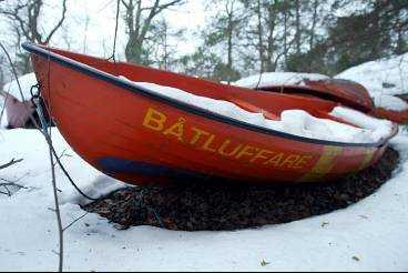 På somrarna är det populärt att köpa ett båtluffarkort och luffa runt i skärgården. På vintern får båtarna vila.