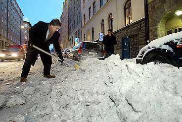 Snabbare snöröjning utlovas.