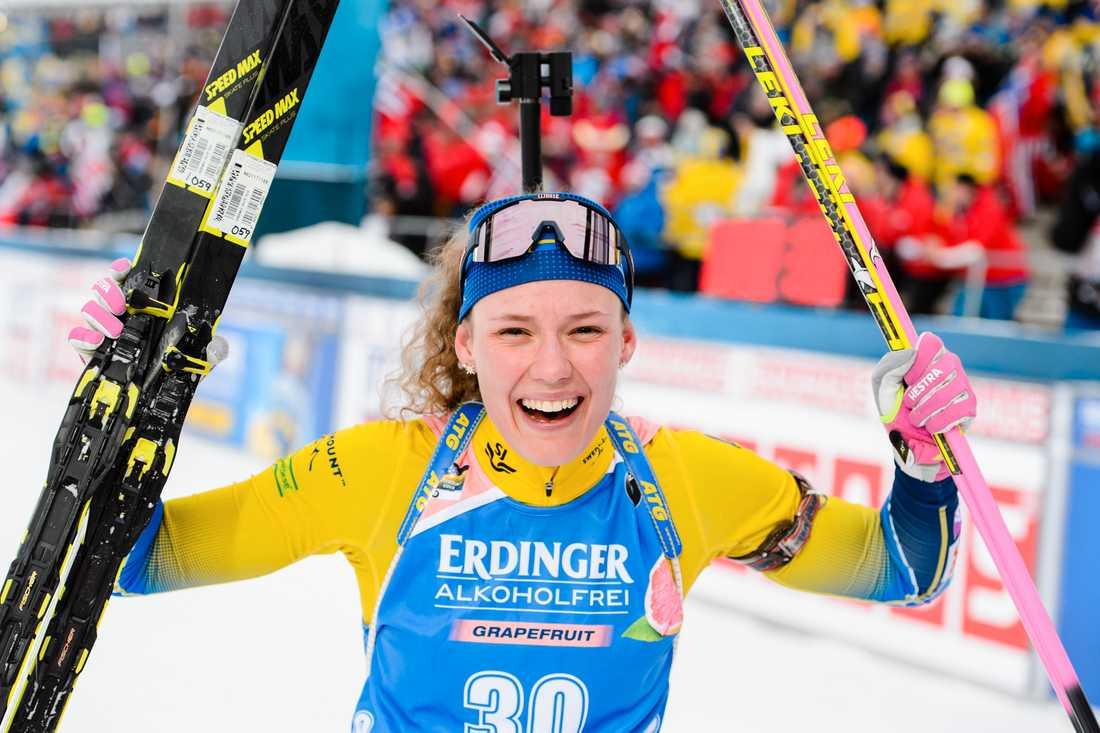Hanna Öberg är regerande världsmästarinna på 15 km distans.