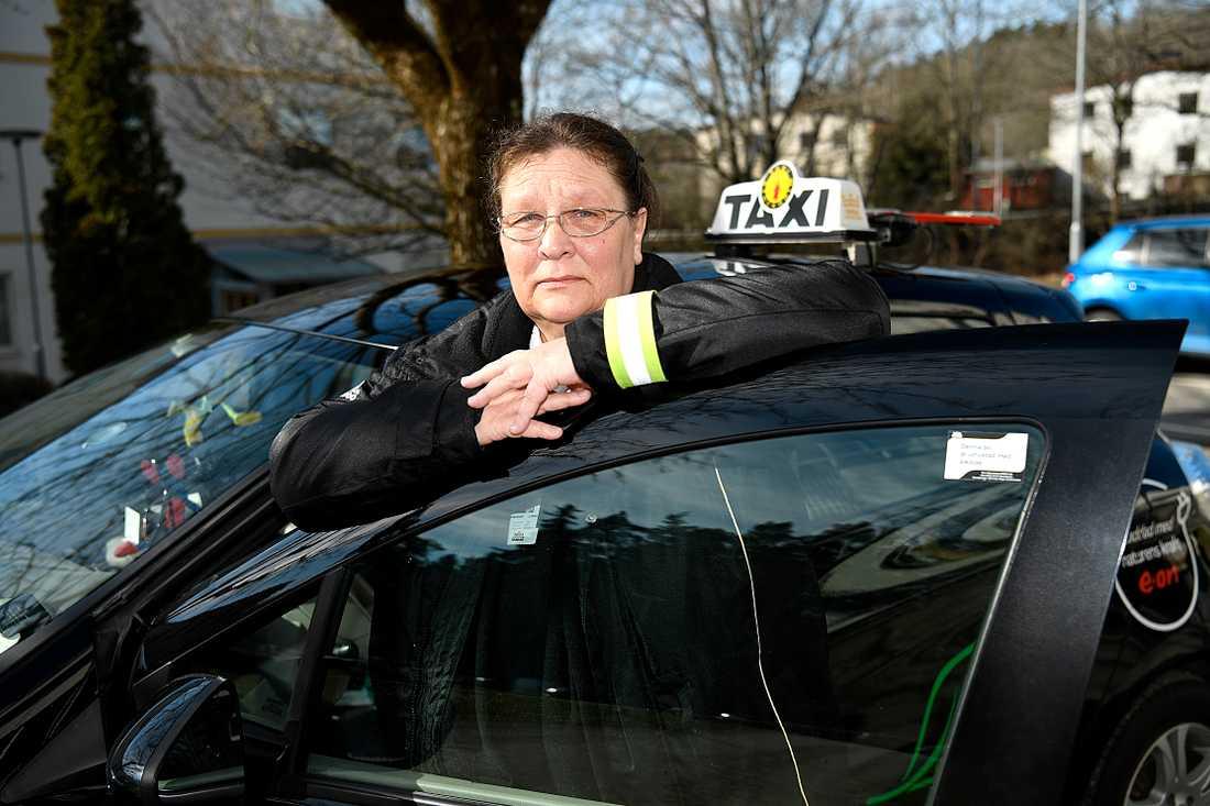 """""""Taxibranschen bara dök, det är helt fruktansvärt"""", säger Marianne Klarberg."""