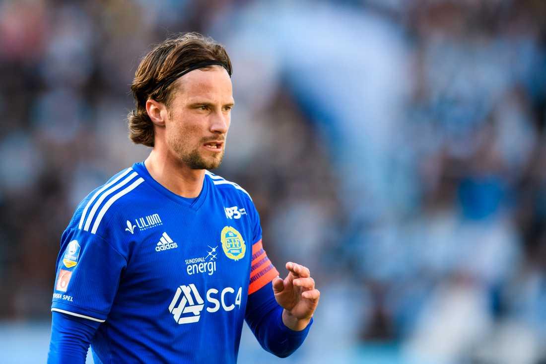 Förre Sundsvall-spelaren Linus Hallenius är klar för IFK Norrköping.