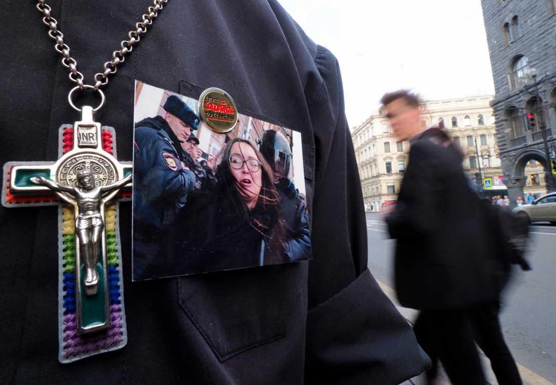 I tisdags hölls små manifestationer i Sankt Petersburg i samband med att Jelena Grigorjeva bekräftades död.