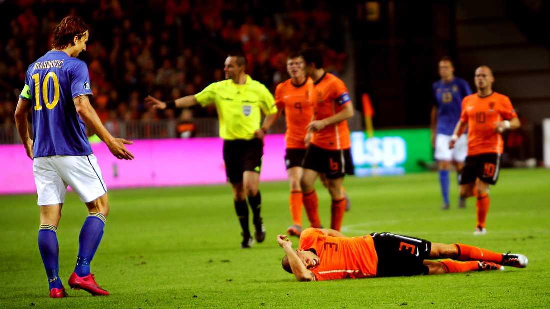 En av Zlatans tyngsta ögonblick under hösten 2010 kom den tolfte oktober då Sverige blev utklassat mot Holland i Amsterdam. Hemmalaget vann med 4-1 och satte stopp för nye förbundskaptenen Erik Hamréns fina segersvit.