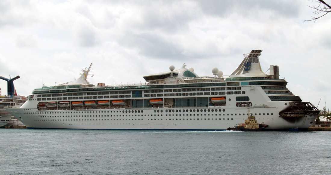 Grandeur of the Seas måste nu tas ur trafik för reparationer.