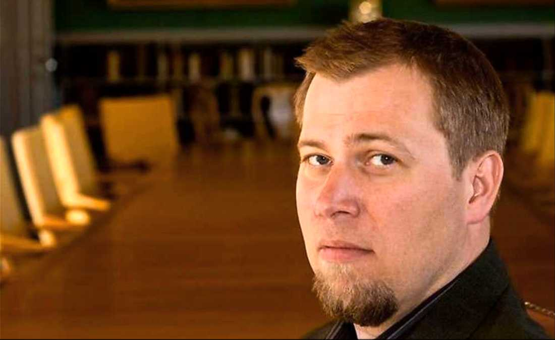 Olle Lundin, professor i förvaltningsrätt.