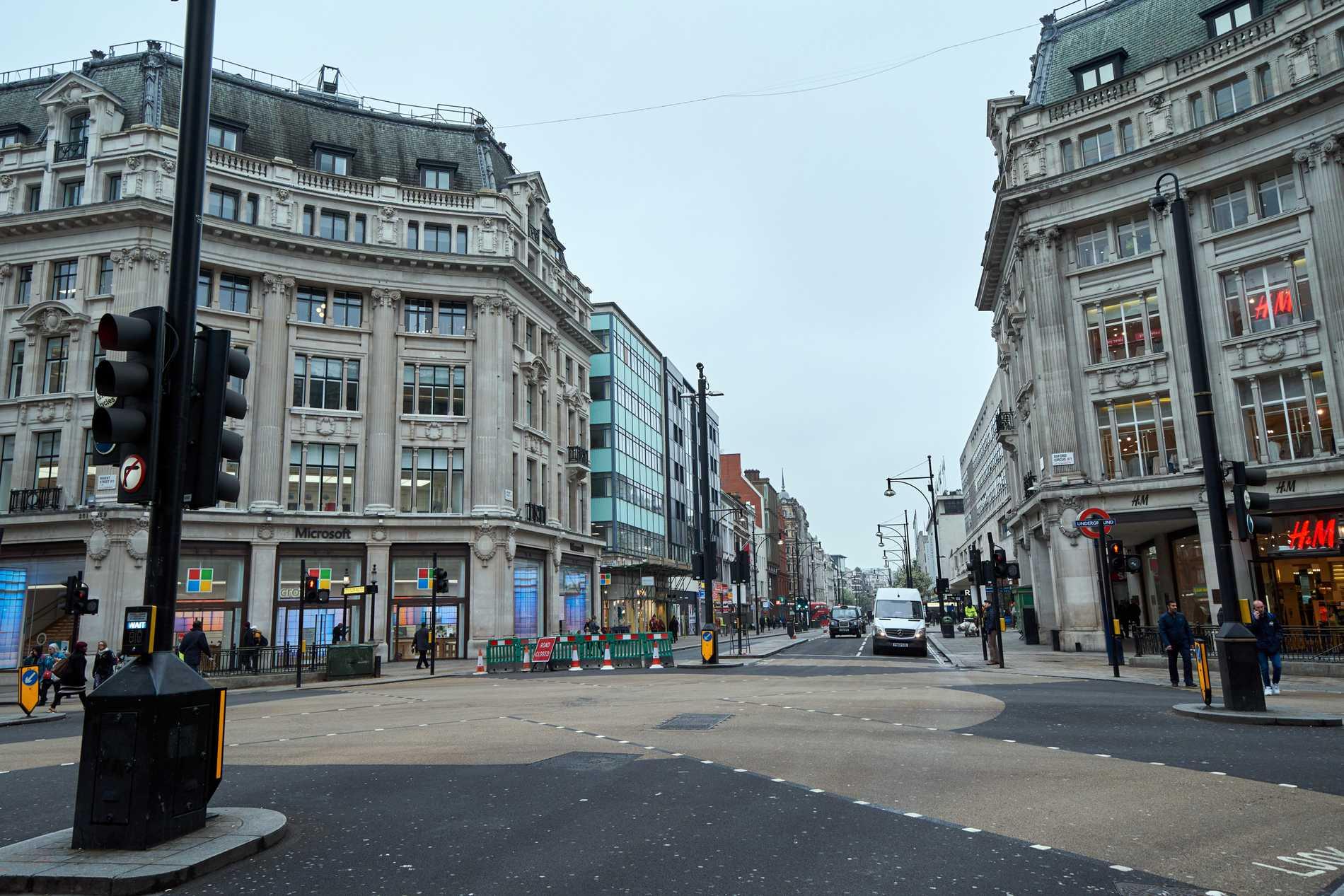 Oxford Street är i vanliga fall ett av världens mest välbesökta shoppingstråk.