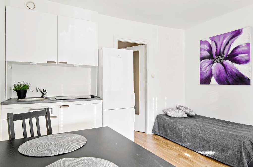 Lägenhet på Ringvägen 6 i Västerhaninge på 20 kvadratmeter. Utgångspris: 995 000 kronor. Säljs via Svensk Fastighetsförmedling.