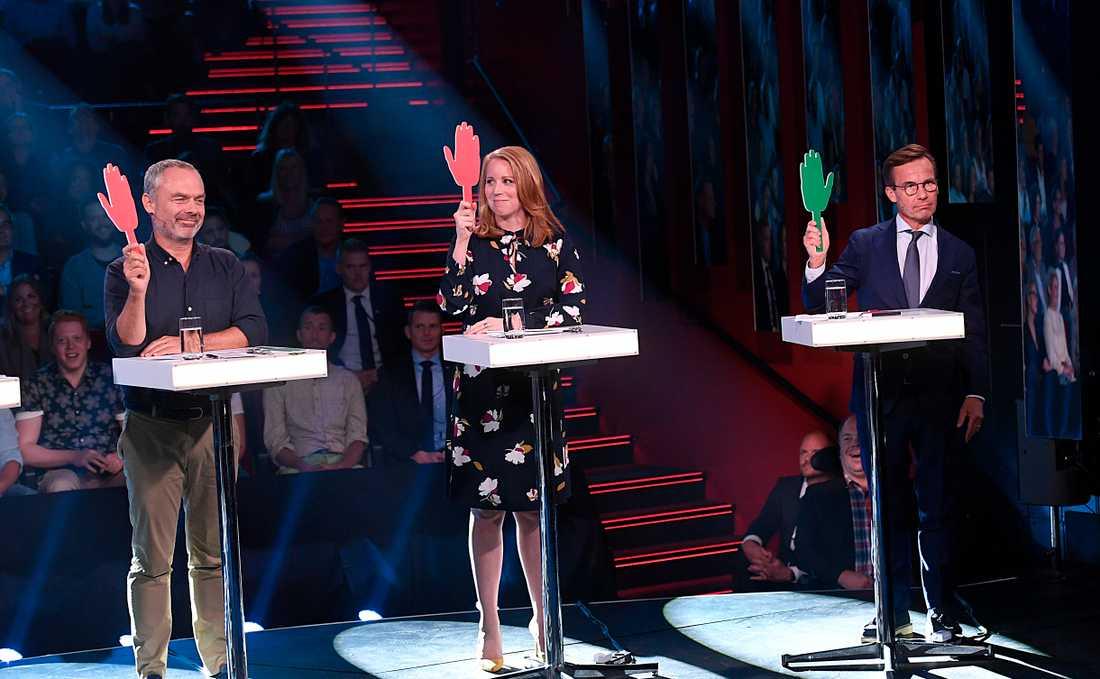 Jan Björklund (L), Annie Lööf (C) och Ulf Kristersson (M) på Aftonbladets partiledardebatt.