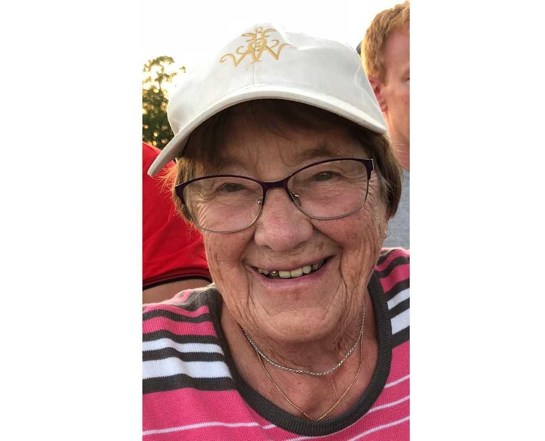 Ruth Larsson som precis fyllt 101 år skulle ha hoppat fallskärm för första gången under lördagen.