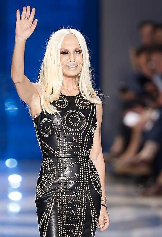 Donatella Versace, märkets huvuddesigner, var länge tveksam till samarbetet med H&M.