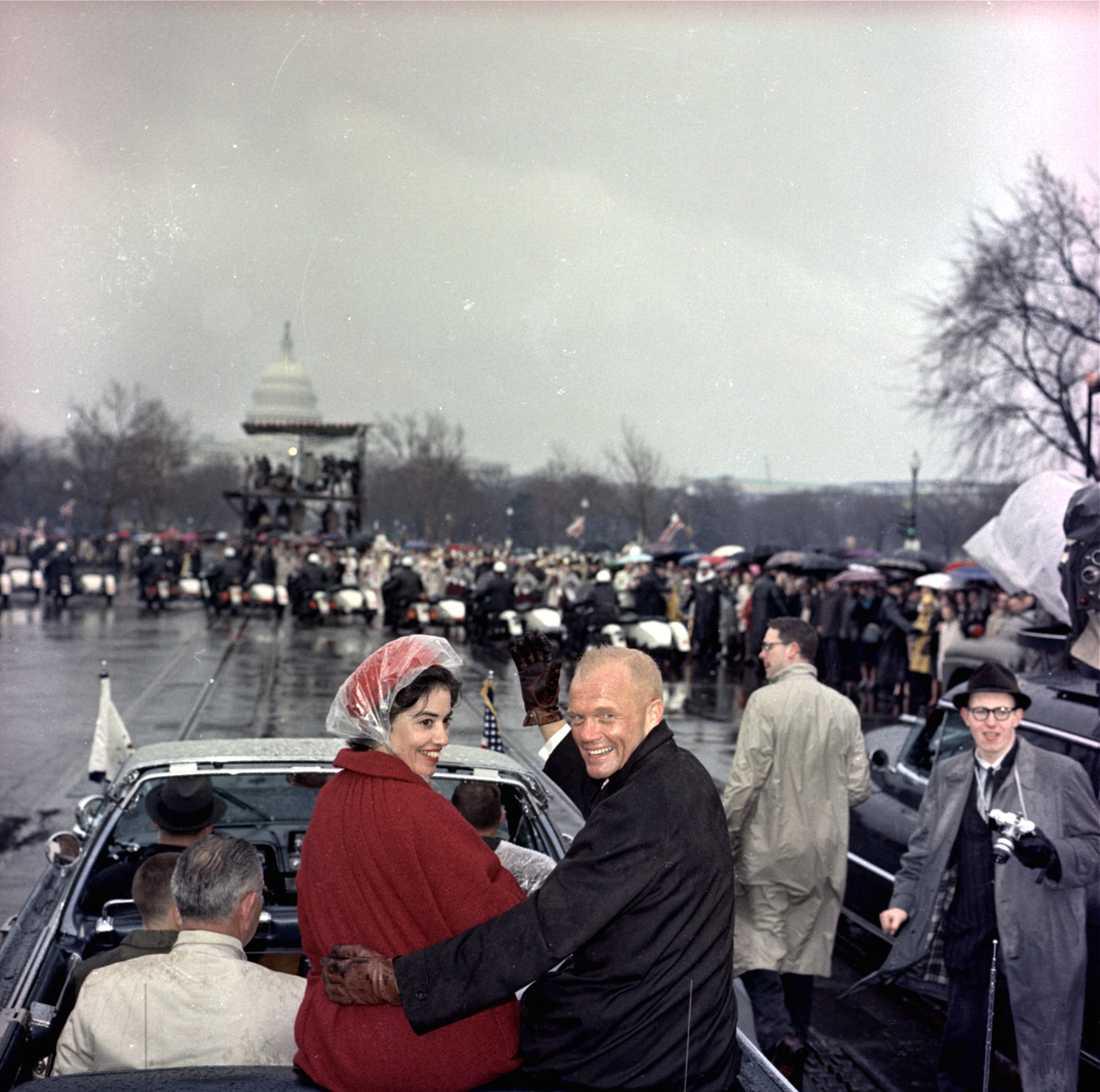 John Glenn med fru Annie tas emot i Washington efter rymdfärden 1962.