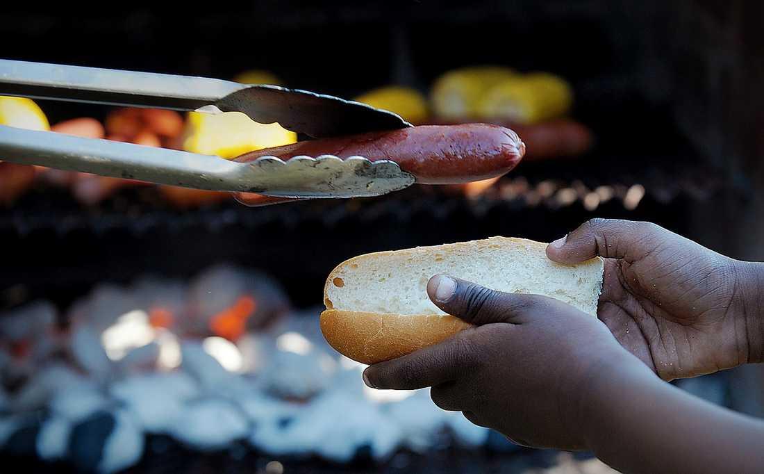 """""""Att det är så god mat"""", svarar en tioårig pojke på frågan vad som är bäst med Frälsningsarméns läger."""