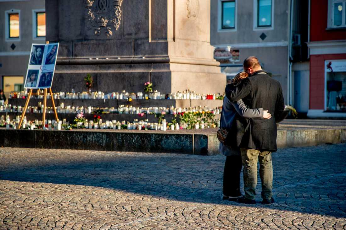 En minnesceremoni genomfördes på lördagsförmiddagen i Uddevalla.