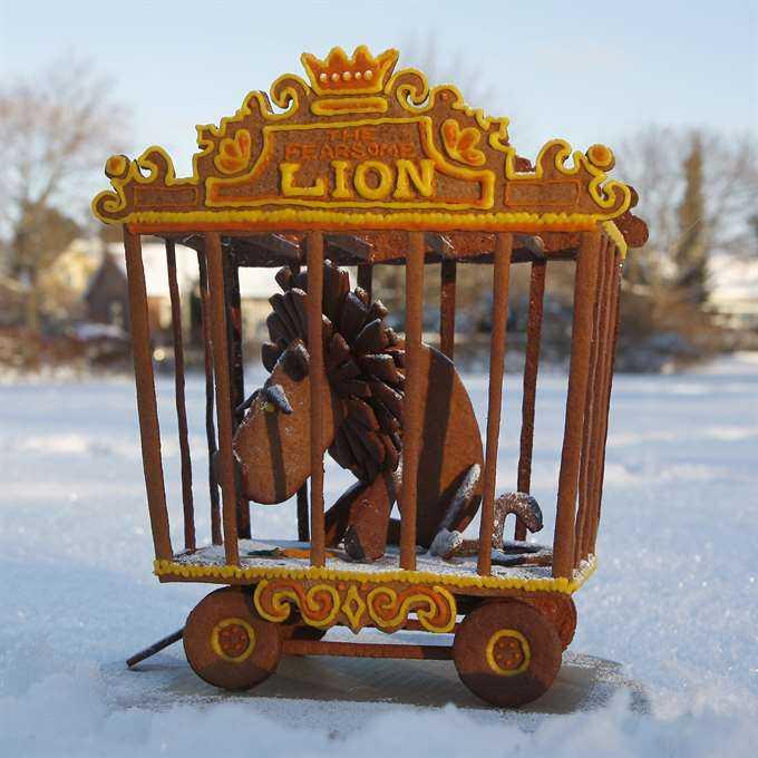 Lejon i bur.