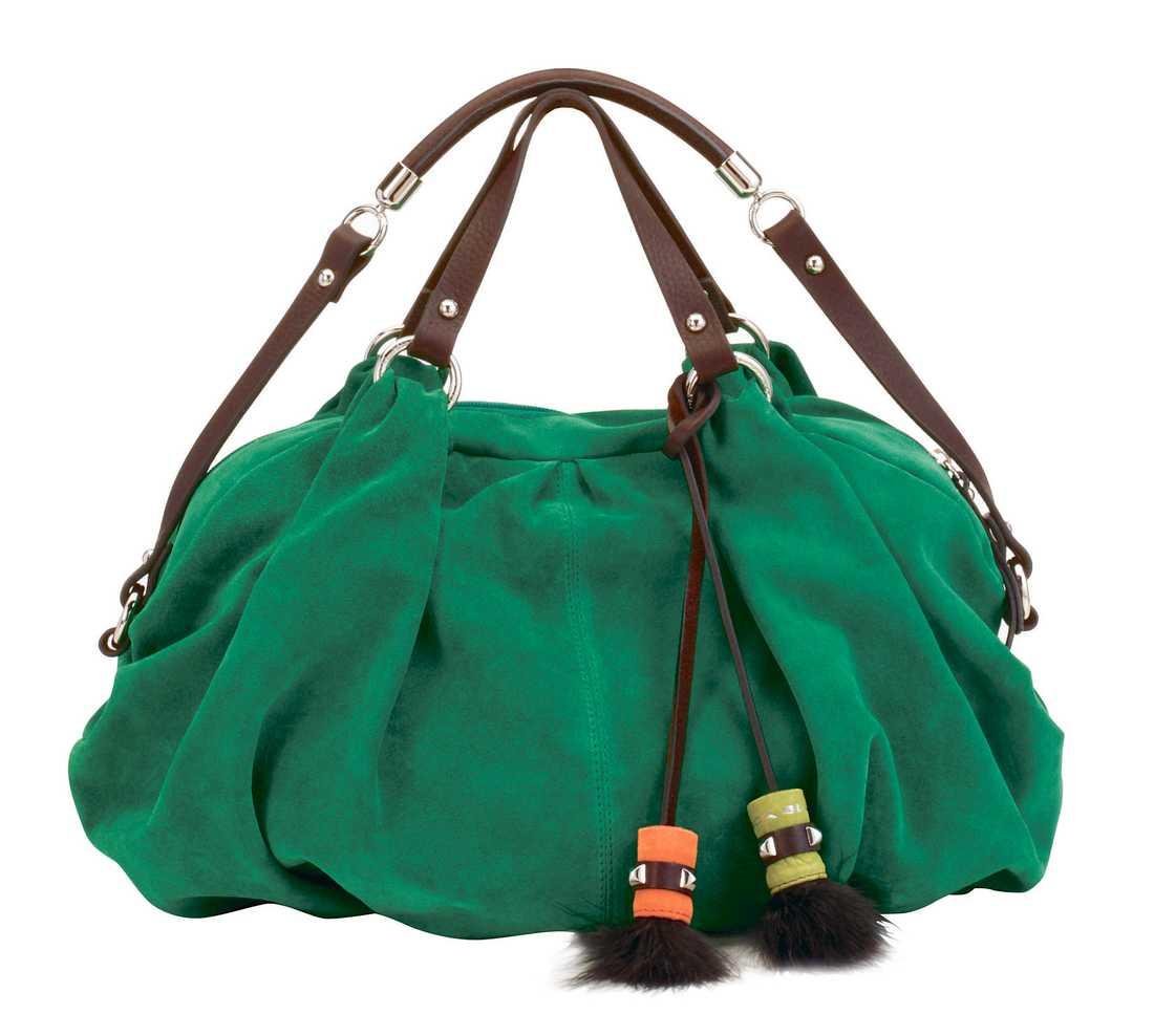 Tosca Blue, 2495 kr. Fransar och tofsar är en trend som syns på både kläder och accessoarer.
