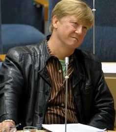 Miljöminister Andreas Carlgren under tisdagens debatt.