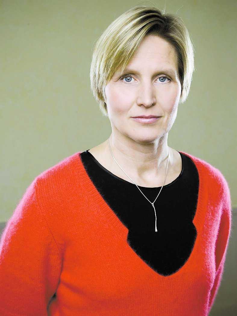 Lena Westerlund, 46, LO: – Vill inte kommentera. Det är styrelseordförandens uppgift.