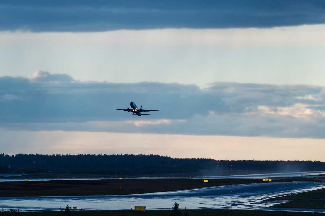 Ett plan lyfter från Arlanda flygplats. Arkivbild.