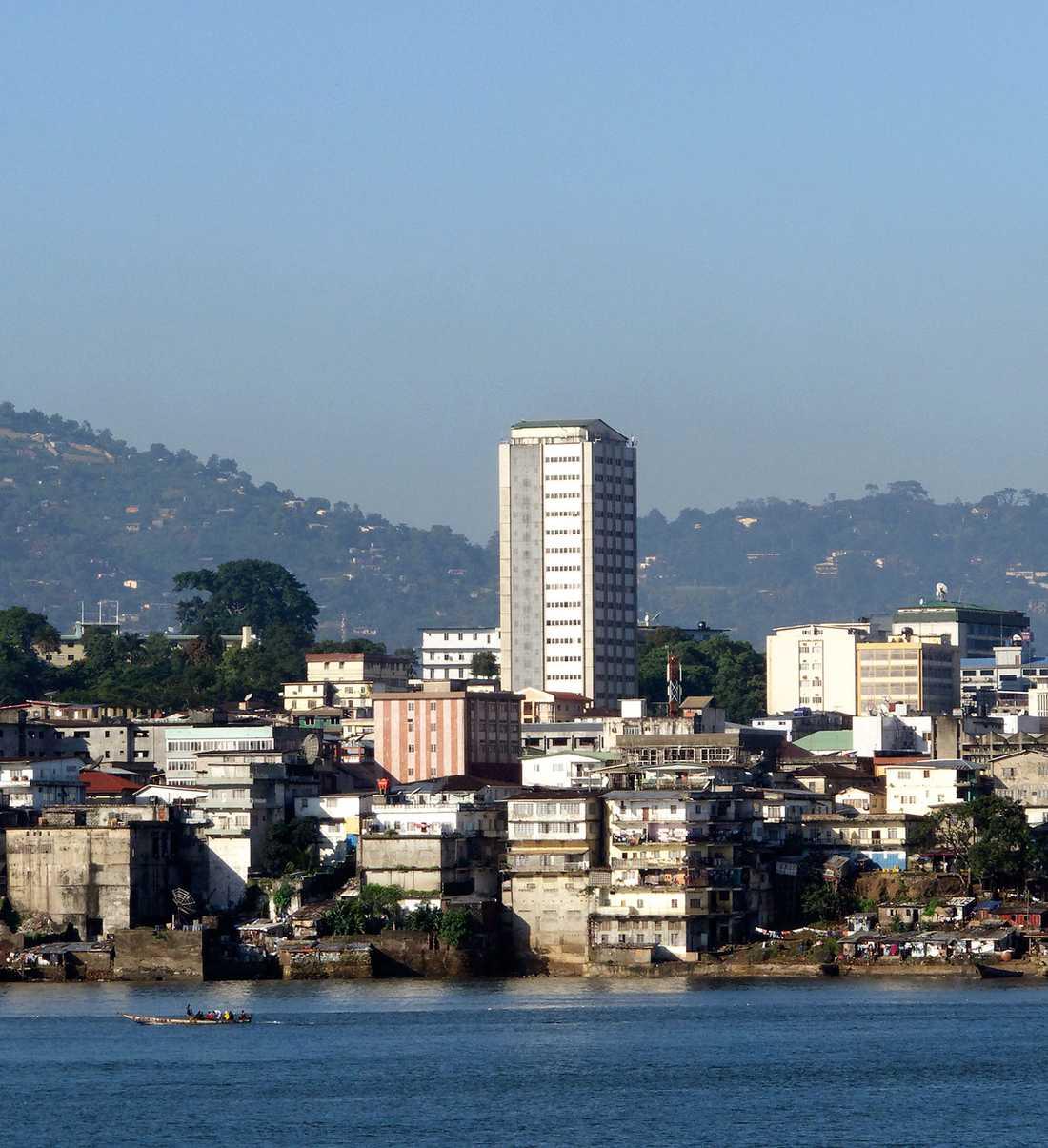 VÄRLDENS MEST KORTLIVADE Männen i afrikanska Sierra Leone blir i snitt bara 47 år gamla och kvinnorna 48 år.