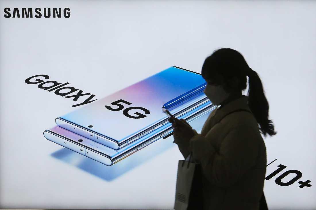Koreanska Samsung är en av många mobiltelefontillverkare som börjat sälja 5G-telefoner. Arkivbild.