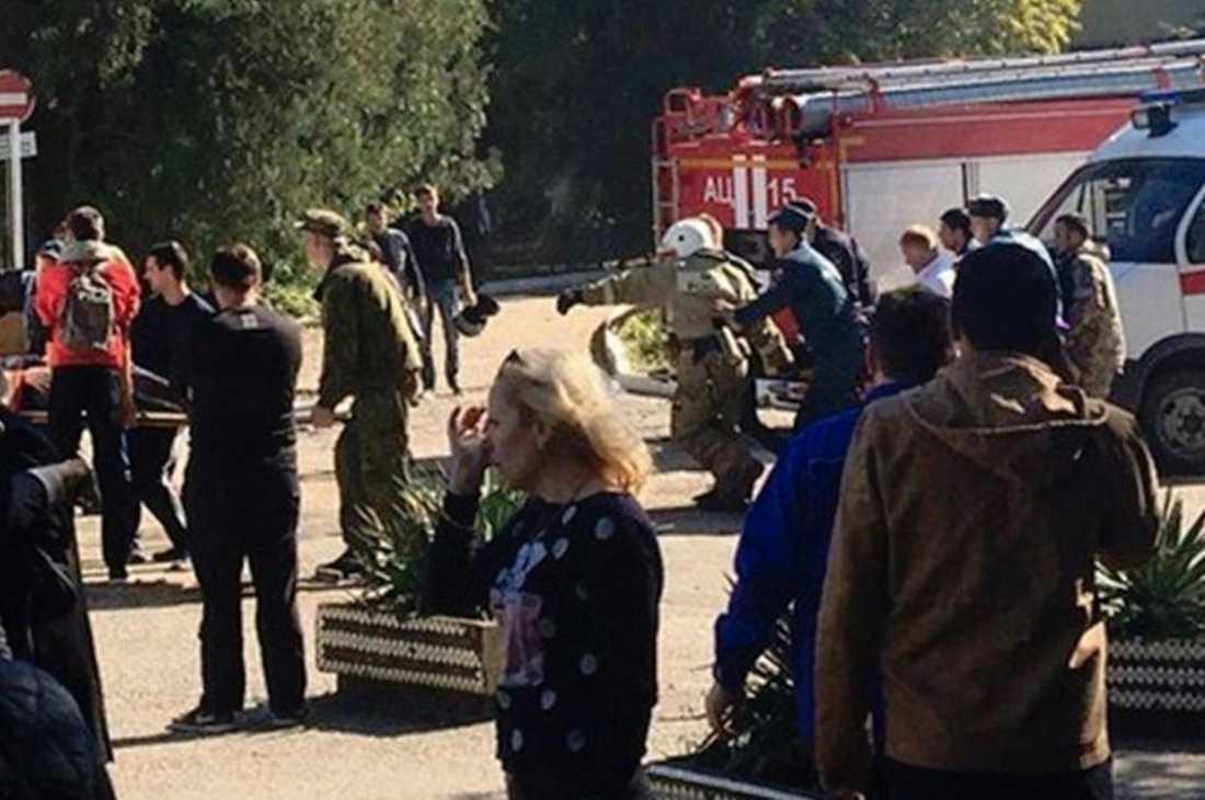 Dådet på skolan i Kerch misstänktes först vara ett terrordåd – men utreds nu som massmord.