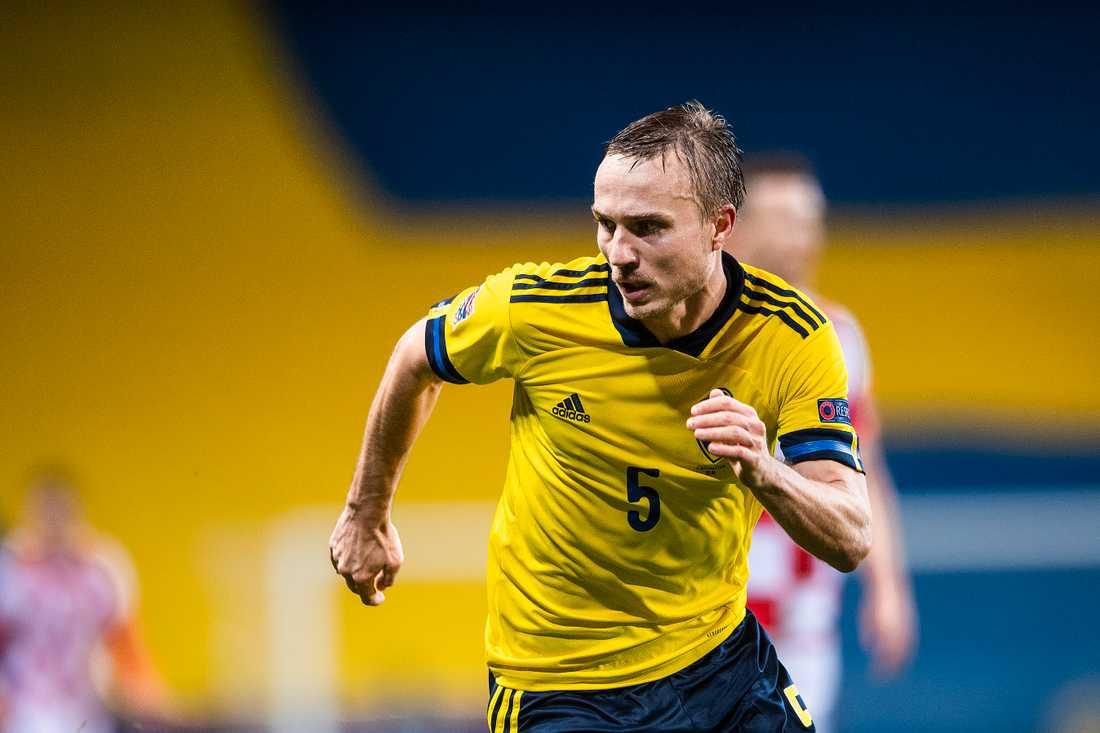 Pierre Bengtsson mot Kroatien i hästens Nations League.