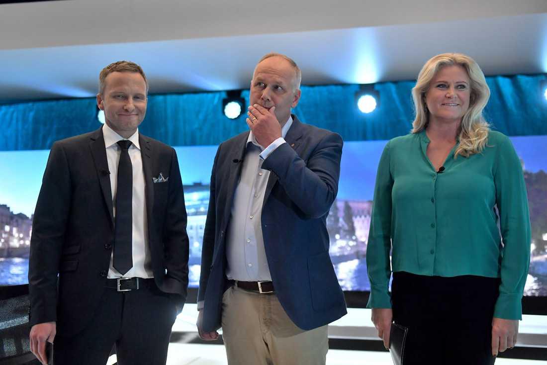 Jonas Sjöstedt under partiledarutfrågningen i SVT. Tillsammans med Anders Holmberg och Camilla Kvartoft.