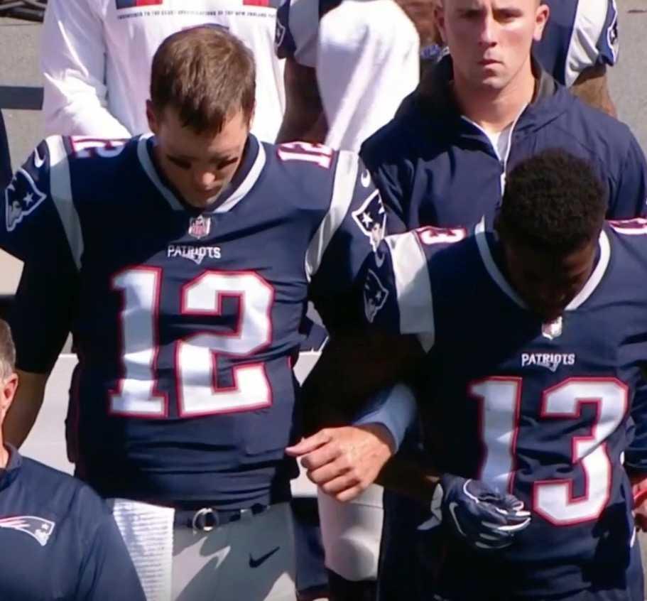 New England Patriots Tom Brady i armkrok med Pihillip Dorsett