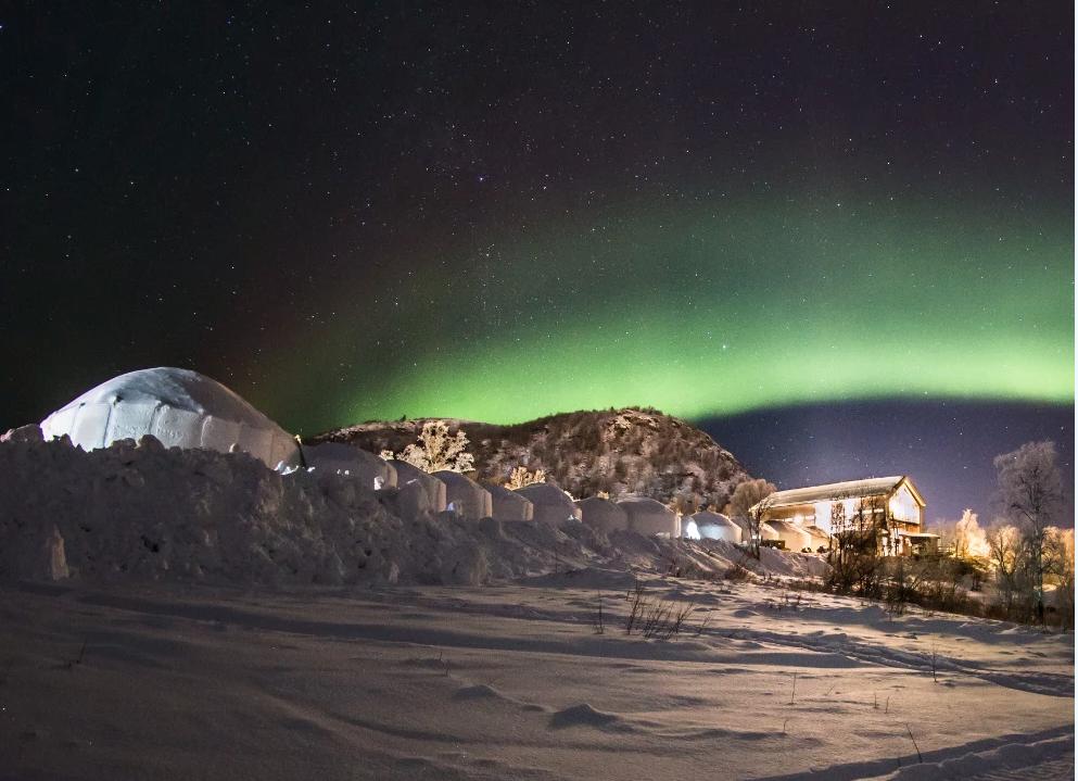 I Kirkenäs finns det chanser att se norrsken vintertid.