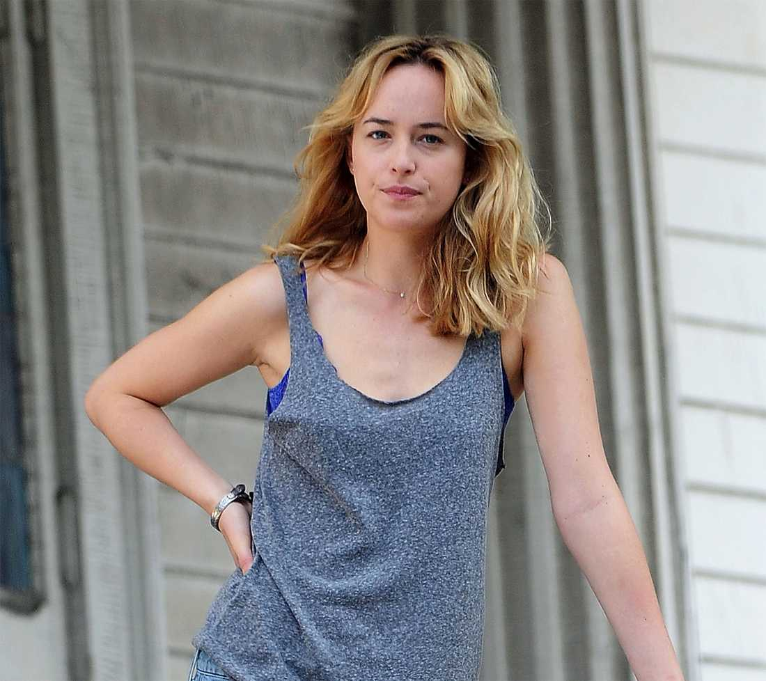 Dakota Johnson blir Anastasia Steele.