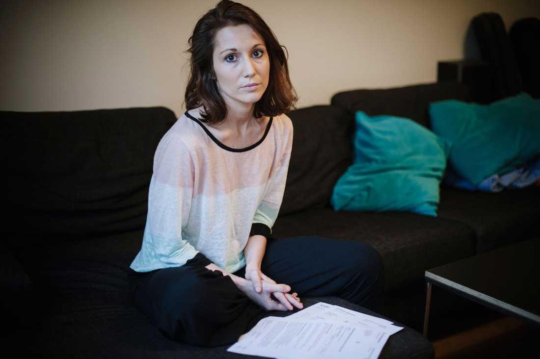 Maria Lodenborg fick livsmoderhalscancer 2012. Nu har den svåra cancern kommit tillbaka. Hon tvingades genomgå en tung cancerbehandling. När hon ansökte om sjukpenning fick hon avslag från Försäkringskassan.