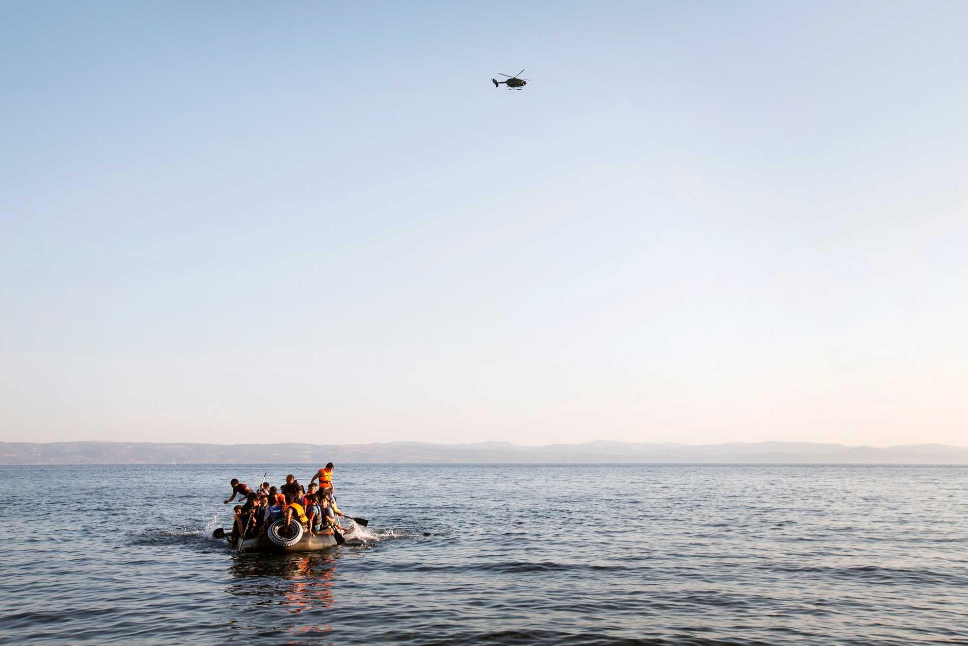 Båtflyktingar vid grekiska ön Lesbos.