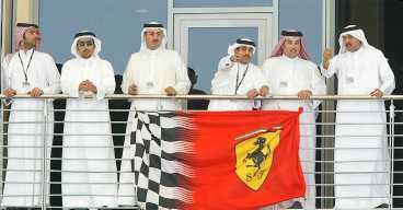 Rika shejker och Ferrari-fans.