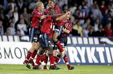 Dif-jubel. Djurgården vann toppmötet mot Malmö med 3–1.
