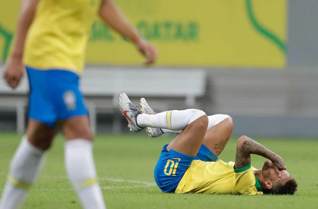 Neymars filmingar har varit omdiskuterade.