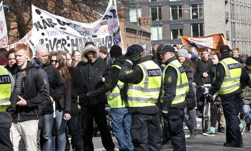 Stort polispådrag Århus var under lördagen en belägrad stad.