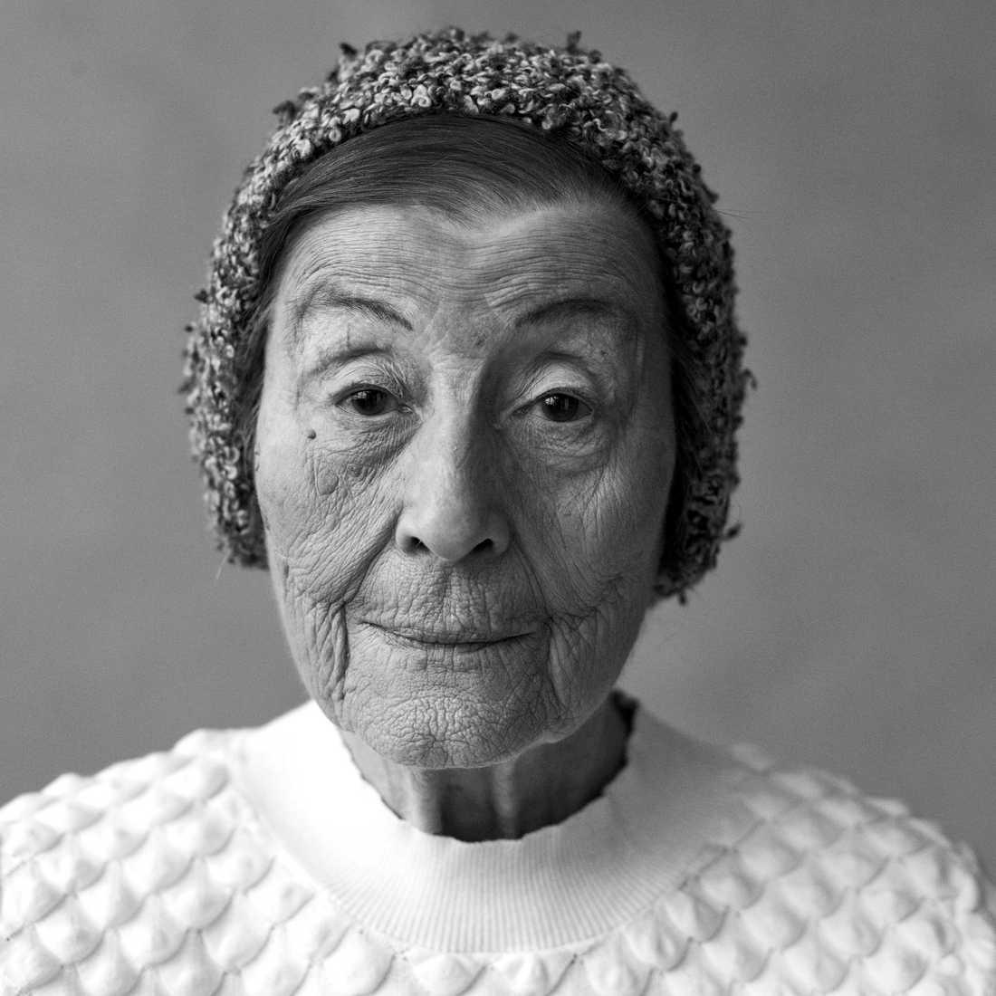 Anna Grüner, överlevande av Förintelsen. Har dokumenterats för utställningen på Kulturhuset i samarbete med Moderna museet senare i år.