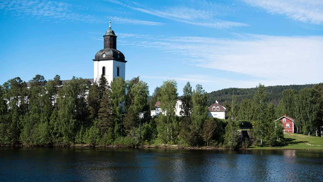"""Järvsö kyrka, där Tommy Nilssons före detta svärmor Barbro """"Lill-Babs"""" Svensson begravdes, är en av 17 kyrkor som ingår i turnén."""