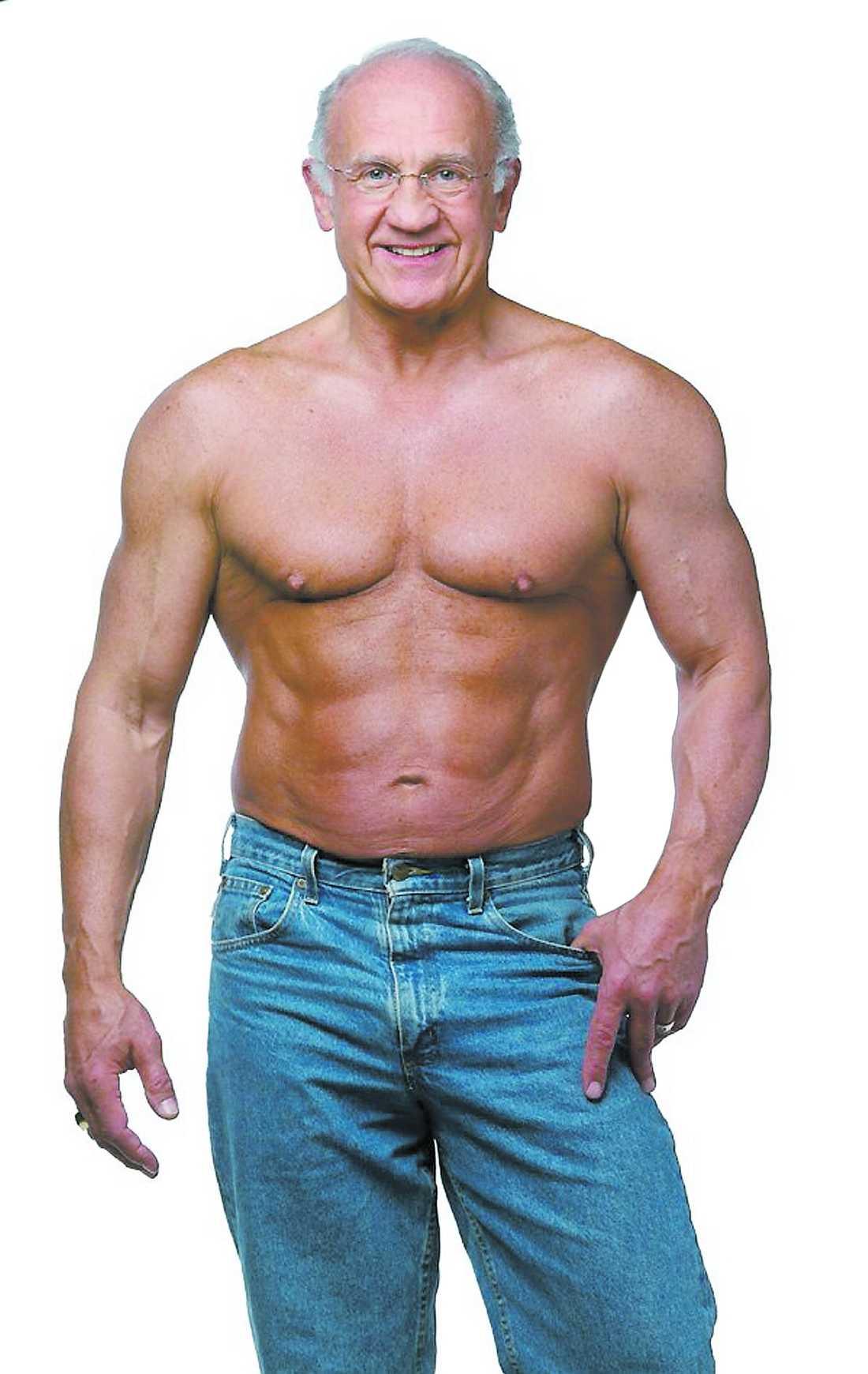 Kropp som en 30-åring Jeffry Life, 69, driver Cenegenics Medical Institute. I metoden ingår, förutom bra kost och motion, även injektioner av tillväxthormoner och testosteronsprutor.