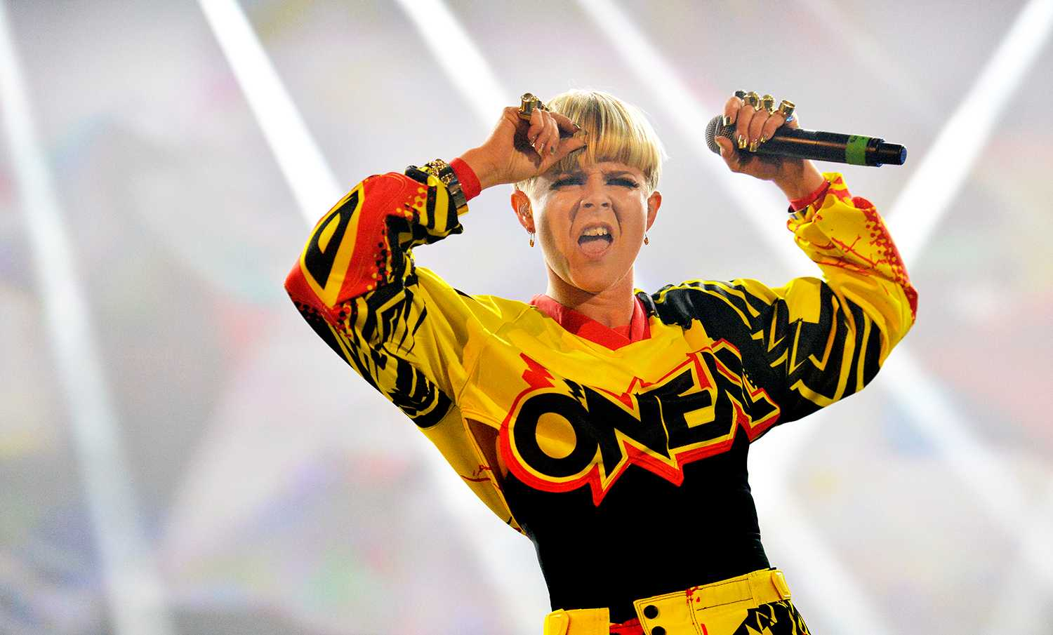 Robyn kommer till Way Out West.