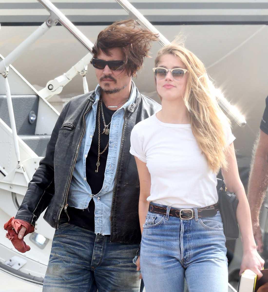 Tillsammans med Amber Heard.