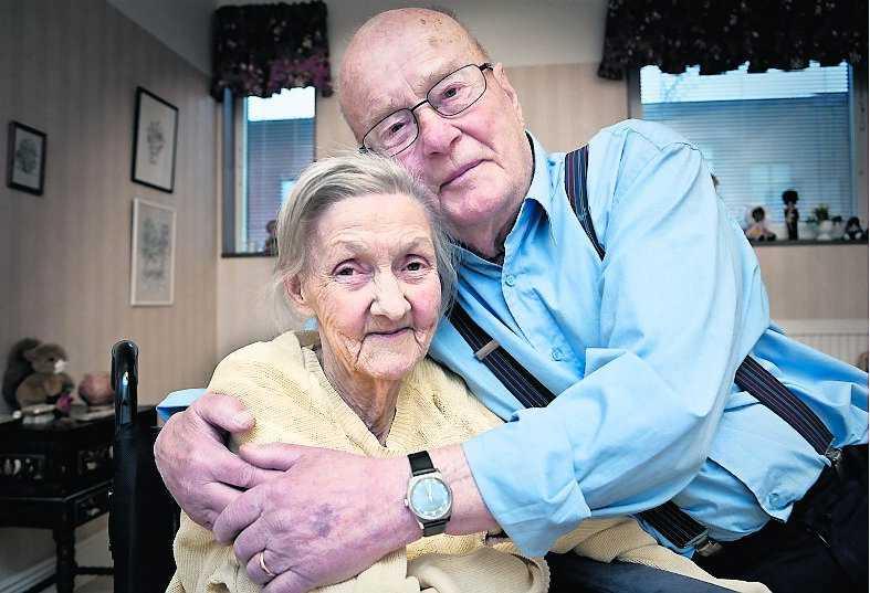 """""""Han är mitt allt"""", säger Alice, 80, om maken Sune, 80."""