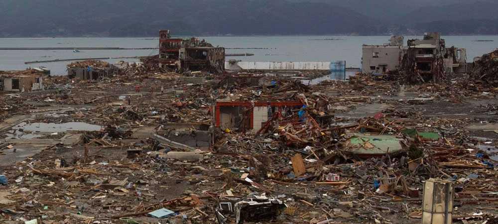 Stora delar av Japan har drabbats hårt av naturkatastrofen. Här är byn Minamisanriku i nordöstra Japan. Motegi har ännu inte drabbats. Men banan ligger förhållandevis nära kärnkraftverket Fukushima och tävlingen skjuts upp till i höst ändå.