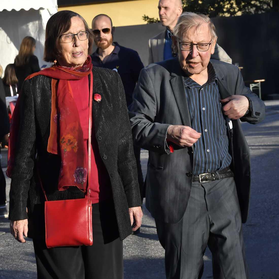 Birgitta Dahl och Enn Kokk vid Socialdemokraternas valvaka på Färgfabriken i Stockholm i fjol. Arkivbild.