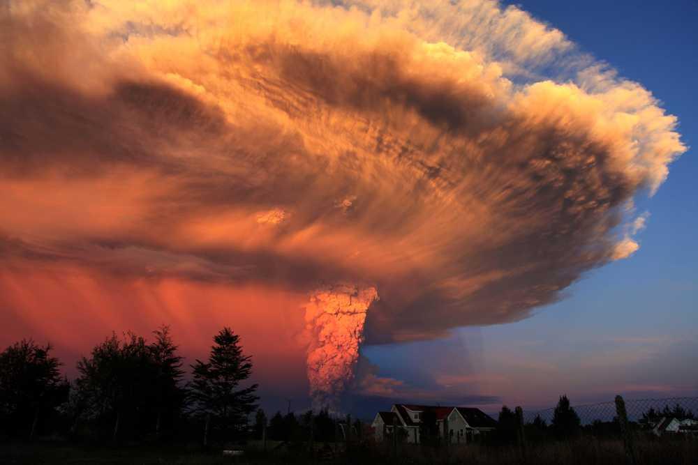 För första gången på 42 år hade Calbuco utbrott. Vulkanen räknas som en av de tre farligaste i Chile.