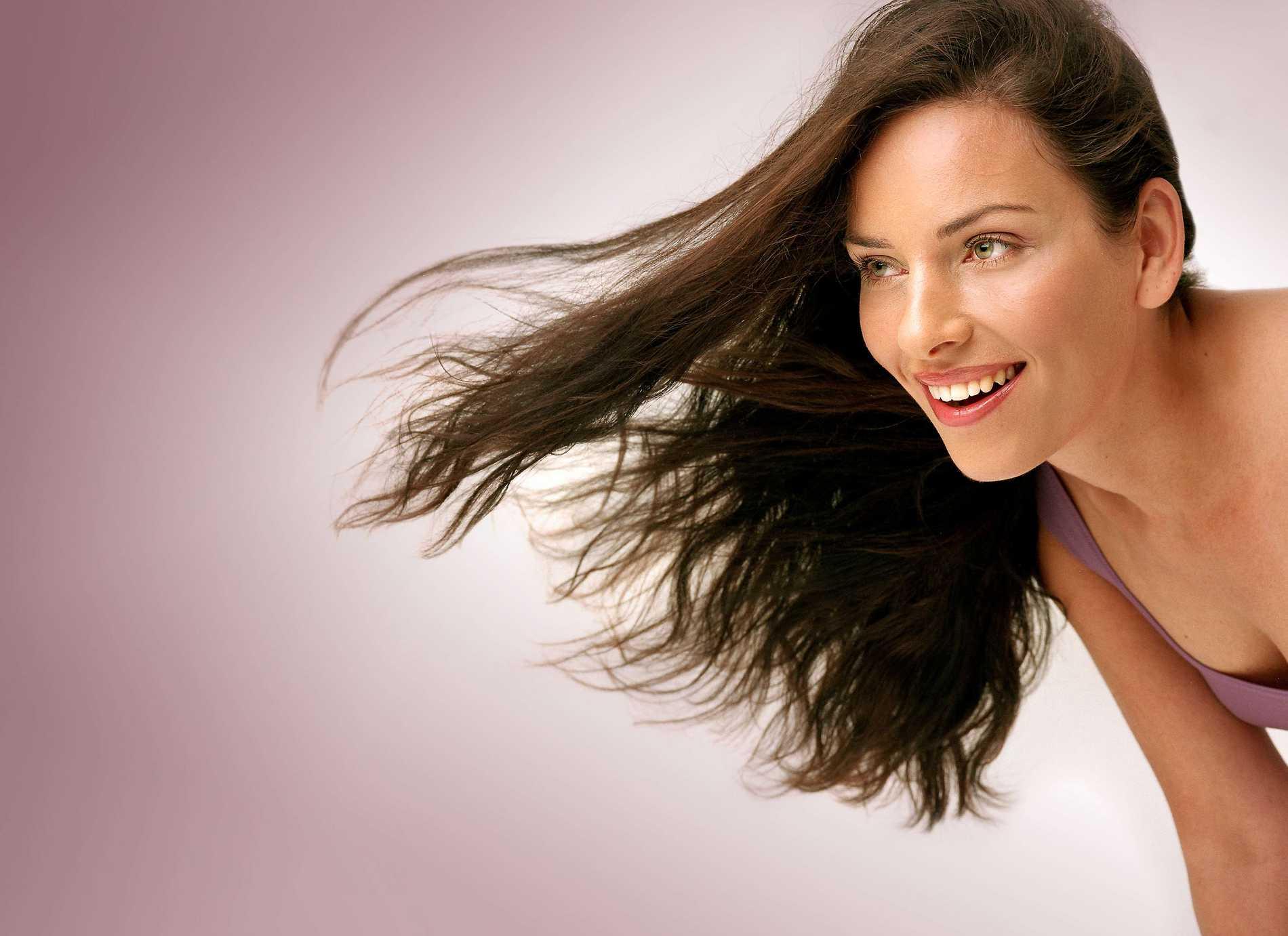 Att få underbart hår behöver inte vara svårt. Hälsa ger dig de bästa tipsen för ett vackert hår.