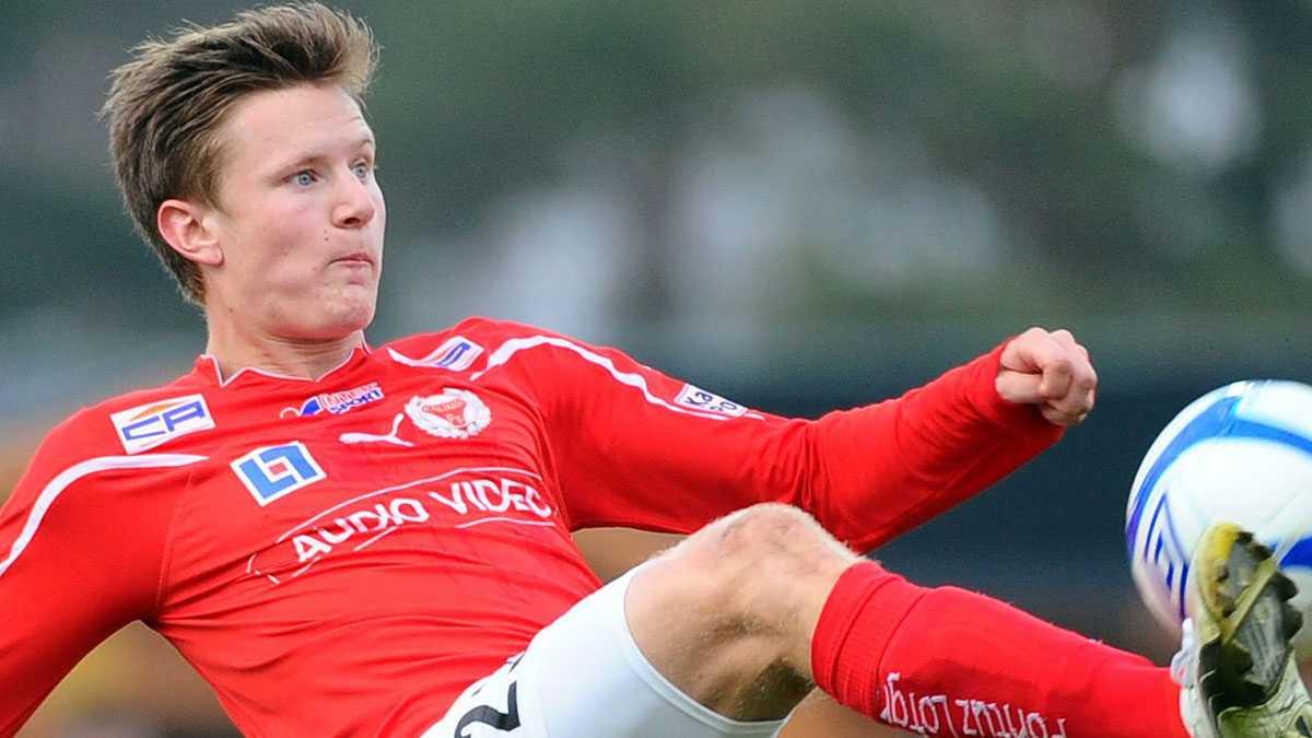 Alkmaar-spelaren Mattias Johansson, på bilden i Kalmars tröja, väntas starta mot Benfica.