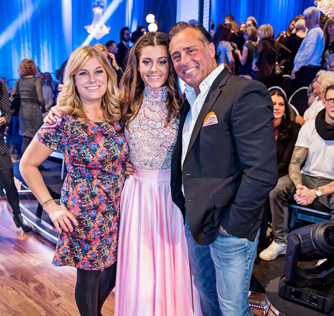 Pernilla, Bianca och Emilio under Let's dance 2016.