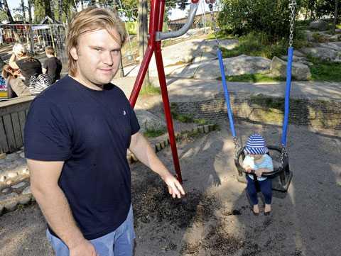 Christian var i Mulle Meck-parken med sin lille son Einar och gungade när skottlossningen började.
